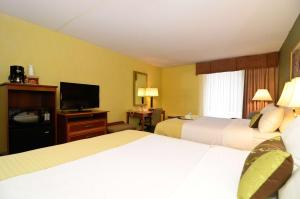 Room with Two Queen Beds - Pet Friendly - Non-Smoking