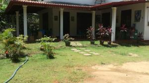 Homely Guest, Guest houses  Habarana - big - 24