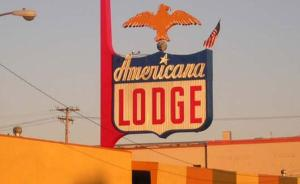 Americana Lodge booking