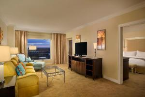 Deluxe Suite with Balcony and Disney View