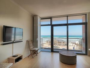Two-Bedroom Sea facing Apartment