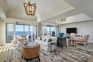 Pacifica Luxury Suite
