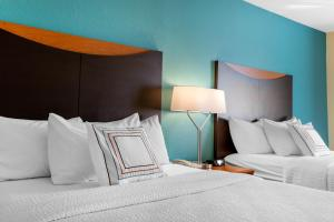 Fairfield Inn & Suites St. Cloud, Отели  Saint Cloud - big - 11