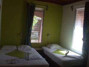 Triple Room with Shared Bathroom 5 without A/C