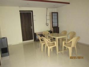 5 Bedroom Bungalow near Mahabaleshwar, Maharashtra, Villas  Mahabaleshwar - big - 1