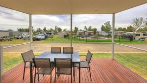 DC on the Lake, Holiday parks  Mulwala - big - 23