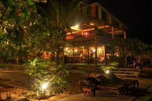 Mozambeat Motel, Hostely  Praia do Tofo - big - 79