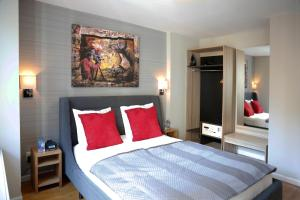 Premium Suite with Two Double Beds with Balcony