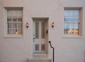 Superior Vacation Home - Around The Corner Townhouse