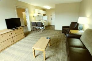 One Bedroom Suite - Disability Access - Non-Smoking