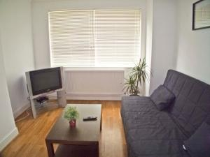 Coulsdon Place Apartments in Coulsdon, Greater London, England