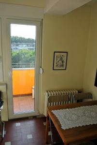 Top place river side apartment -great view 55m2, Apartmány  Novi Sad - big - 11