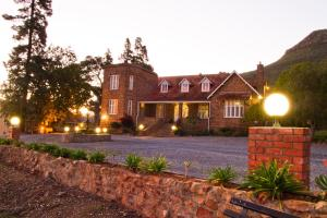 Dunn`s Castle Guesthouse & Conference Centre