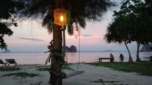 Koh Ngai Kaimuk Thong Resort, Resorts  Ko Ngai - big - 53