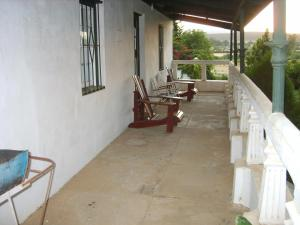 Owl`s Hoot Cottage, Chalets  Clanwilliam - big - 5