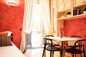 1 Bedroom Flat In The San Pietro's Area - AbcRoma.com
