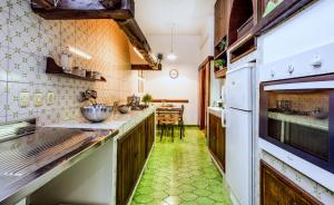 1 Bedroom Flat Via Catone - AbcRoma.com