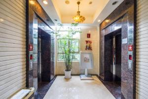 Zhongyin Crown International Apartment, Апартаменты  Сучжоу - big - 1