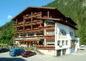 Photo of Hotel Alpina Regina