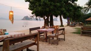 Koh Ngai Kaimuk Thong Resort, Resorts  Ko Ngai - big - 47