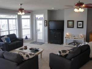Fish Tales Home, Holiday homes  Dauphin Island - big - 5