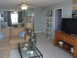 Fish Tales Home, Holiday homes  Dauphin Island - big - 9