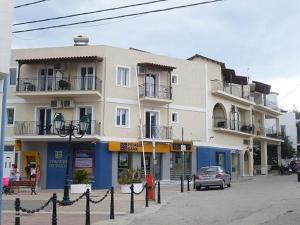 Photo of Karafelas Hotel