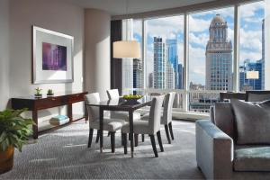 Premier Suite with River View