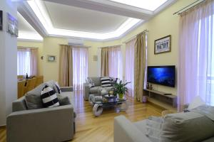 Athens Leisure and Business Apartment