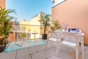 Home Select San Joaquin Apartments, Apartmány  Madrid - big - 24