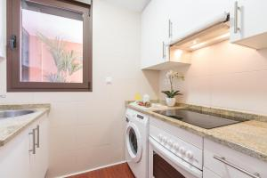 Home Select San Joaquin Apartments, Apartmány  Madrid - big - 23