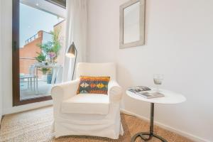 Home Select San Joaquin Apartments, Apartmány  Madrid - big - 18