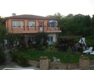 Guest House Rusinov