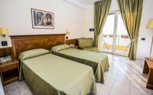 Grand Hotel Victoria, Hotely  Bagnara Calabra - big - 59