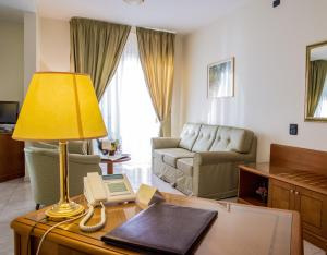 Grand Hotel Victoria, Hotely  Bagnara Calabra - big - 50