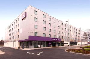 Premier Inn Heathrow Airport Terminal 5 in Hillingdon, Greater London, England