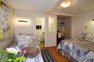 Economy Double and Twin Room