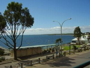 Photo of Streaky Bay Hotel Motel