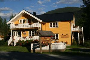Photo of Dalen Bed & Breakfast