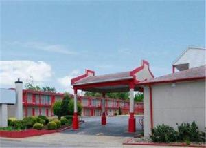 Economy Inn - Parkersburg