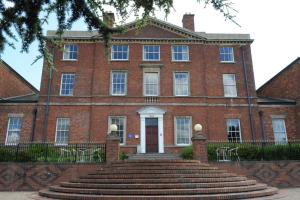 Best Western Plus Stoke-on-Trent Moat House - 1 of 41