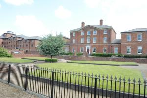 BEST WESTERN PLUS Stoke On Trent Moat House in Stoke on Trent, Staffordshire, England