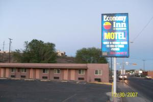 Economy Inn Farmington
