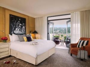 Chambre Lit King-Size de Luxe - Vue sur Colline d'Hollywood