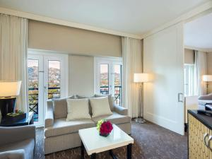 Suite Lit King-Size - Vue sur Colline d'Hollywood