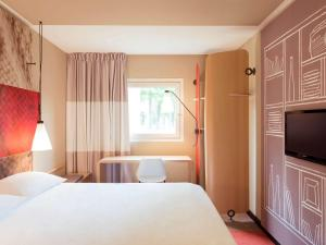 Double Sweet Room by Ibis