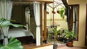 Lathysha Boutique Guest House