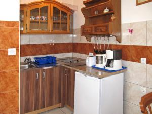 Haus Brzic (108), Apartments  Crikvenica - big - 4