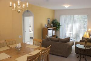 Windsor Retreat - Three Bedroom Condominium 303, Apartmány  Orlando - big - 18