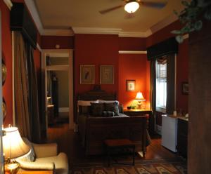 Five Continents Bed And Breakfast - Adults Only